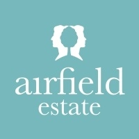 Airfield Estate : Christmas